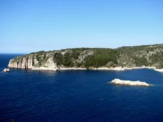 Šolta - Otwarta marina z 50 miejscami do cumowania